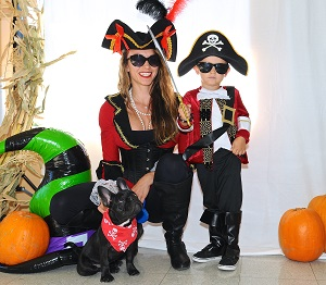 Mon and Child Pirate